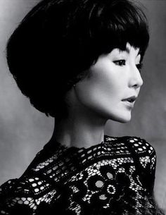 Maggie Cheung, maybe I'd look like this when I'm......220 years old. LOL