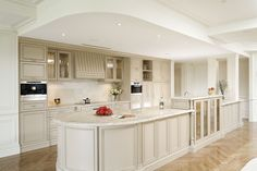 traditional kitchens | Contemporary Kitchens Traditional Kitchens Bathrooms Laundries Robes ...