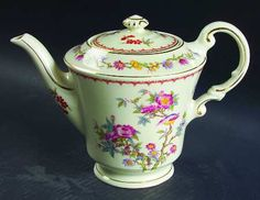 Syracuse Bombay (Gold Trim) Teapot & Lid