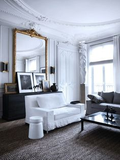 Parisian Interior by Gilles et Boissier Parisian Decor, Parisian Apartment, Apartment Design, Parisian Style, Apartment Therapy, Parisian Room, Apartment Living, Paris Apartments, Paris Apartment Interiors