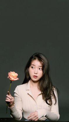 Korean Actresses, Korean Actors, K Beauty, Asian Beauty, Iu Fashion, Pop Group, Aesthetic Wallpapers, Korean Girl, Ulzzang