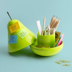Buy Qualy Pear Pod Desk Tidy - Green today at IWOOT. We have great prices on gifts, homeware and gadgets with FREE delivery available. Cool School Supplies, Office Supplies, Desk Tidy, Office Desk, Aesthetic Look, Rubik's Cube, Decoration Piece, Too Cool For School, Space Crafts