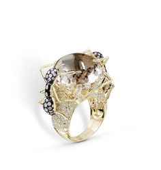Farah Khan Diamond Studded Ant Ring