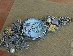 """Часы ручной работы. Ярмарка Мастеров - ручная работа. Купить Часы кварцевые наручные """"Весна"""" с розовым кварцем. Handmade. Серебряный"""