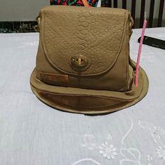 Con esta torta se festeja un año más #lumiere #leatherbags