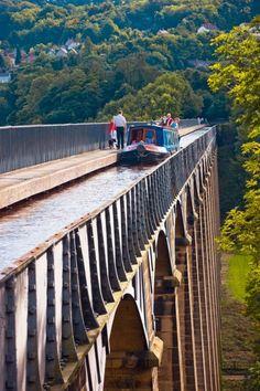 UK, Wales, Denbighshire, Pontcysyllte Aqueduct on Shropshire Union Canal