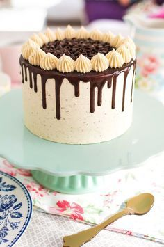 Best 11 A Ferrero Rocher birthday cake for today. It's all about that chocolate drip! Köstliche Desserts, Delicious Desserts, Mini Cakes, Cupcake Cakes, Bolos Naked Cake, Lemon And Coconut Cake, Cake Decorating Designs, Easy Cake Designs, Cake Recipes