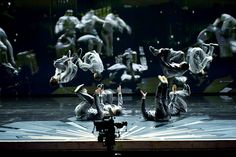 The Cirque du Soleil performance during the 2012 Oscars. See more amazing images: http://blog.lelaluxe.com/2012/02/oscars-2012-cirque-du-soleil.html