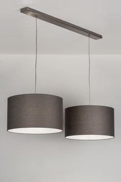Geschikt voor LED. Mooie hanglamp, met 2 grijze stoffen kappen. De binnenkant van de kappen is wit. De plafondbalk is van staal. Breedte: 116.00 cm 2 x kap van 45cm.  Ook in de kleur rood , zwart , bruin , taupe , wit , zilver. Voor eettafel , keuken tafel . Belgium , Belgie Shop nu via deze Link en zie al onze lampen bij : www.rietveldlicht.be Keuze uit meer dan 3000 artikelen. Gratis verzending Belgium . Gris Taupe, Living Comedor, Interior Decorating, Interior Design, Cot, Retro Lamp, Decoration, New Homes, Chandelier