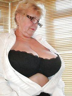 Super large girl tits