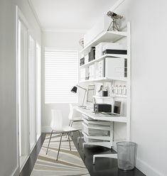 Elfa Shelving is our Best Selling Home Storage System. Home Storage Taylored to Your Space. Home Office Branco, Home Office Simples, Mesa Home Office, Elfa Shelving, Storage Shelves, Storage Spaces, Apartment Therapy, Garage Storage Solutions, Storage Ideas