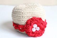 A Beautiful Crochet Baby Hat (Flower/Handmade)