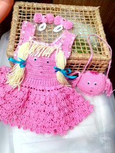 vestido boneca...kit..1 ano...feito com linha Clea 5... estou no face Ruth Costa Dos Santos