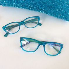 In love with these blues! The Brick and Milanese signature readers have such beautiful detailing, combined with that striking colour! Anyone else a sucker for anything blue? Online Glasses Store, Reading Glasses, Brick, Blues, Colour, Sunglasses, Beautiful, Fashion, Color