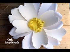 How to Make a Giant Daisy And How to Easily Hang it on a Wall I Paper Crafts I Flower Crafts - YouTube