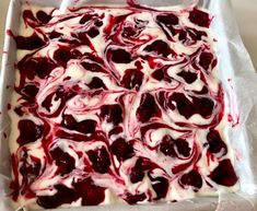 Malaga - wiśniowe ciasto bez pieczenia - Blog z apetytem Fruit Recipes, Sweet Recipes, Dessert Recipes, Cooking Recipes, My Favorite Food, Favorite Recipes, Polish Recipes, Pavlova, Something Sweet
