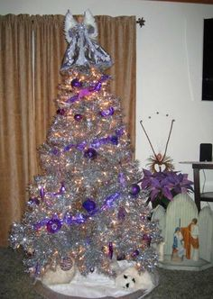 Purple Ornaments And T Look Sparkly On The Silver Stardust Tinsel Tree