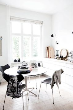 Nordic Kitchens are the most simple via :: INTERIORS ORIGINALS ::