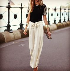 i've been looking for pants like these everywhere! but i want them to flare at the bottom. help meeee!