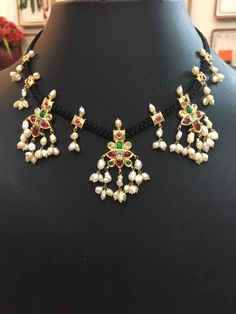 black dori necklace with gutta pusalu Gold Earrings Designs, Gold Jewellery Design, Thread Jewellery, Beaded Jewelry, Frozen Jewelry, Simple Jewelry, Jewelry Patterns, Black Thread, Emeralds