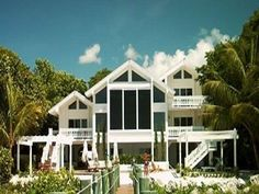 VRBO.com #73619 - Islamorada Oceanfront Estate 2 Lush Acres with Dockage Private