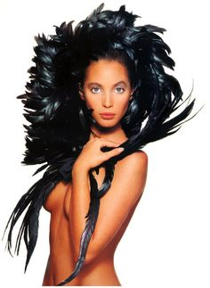 I used to have this picture on my wall as a little girl.Christy Turlington shot by Patrick Demarchelier for Vogue UK Foto Fashion, Fashion Moda, Fashion Beauty, High Fashion, 80s Fashion, Mario Sorrenti, Patrick Demarchelier, Terry Richardson, Christy Turlington