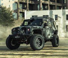 camo jeep. #starwoodmotors