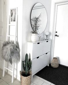 - hallway ideas - Flur Flur The post Flur appeared first on Flur ideen. -Hallway - hallway ideas - Flur Flur The post Flur appeared first on Flur ideen. - Tons of FREE HD pictures, hours of fun and no lost pieces. Relax your mind putting puzzles toget. Home Living Room, Living Room Designs, Living Room Decor, Living Area, Decor Room, Bedroom Decor, Ikea Bedroom Design, Wall Decor, Minimalist Decor