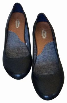 Dr. Scholl's Black Flats. Get the must-have flats of this season! These Dr. Scholl's Black Flats are a top 10 member favorite on Tradesy. Save on yours before they're sold out!