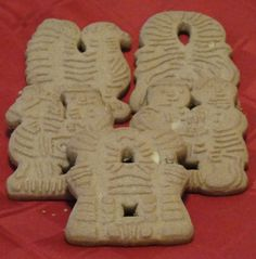 This is probably the most familiar Dutch cookie found here in America, especially in Michigan. Most popular shape is the windmill, so these cookies are often called Windmill Cookies. Dutch Cookies, Spice Cookies, Cookie Bars, Irish Cookies, Almond Cookies, How To Make Windmill, Dutch Windmill, Gingerbread Cookies