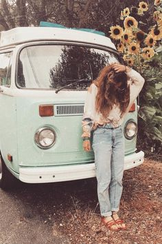 aesthetic photography These colors are simply amazing! Boho Aesthetic, Aesthetic Vintage, Aesthetic Photo, Aesthetic Pictures, Aesthetic Outfit, Aesthetic Colors, Bohemian Bedroom Design, Bedroom Designs, Granola Girl