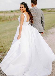 @beingbeily #wedding #australianwedding #melbournebride #sydneybride #bohobride #bride #ausbride #australianbride #rusticwedding #realbride #weddinginspiration #weddingphotographer #melbourne #sydney #elopement #covidwedding #weddinginspo #romanticbride #romanticwedding #blushwedding #bridesmaids #bridesmaidgowns #bridal #bridalgown #weddingdress #affordablebridal #australianbride #australianbridal #lacewedding #laceweddingdress Bridal Gowns, Wedding Gowns, Affordable Bridal, Traditional Wedding Dresses, Boho Bride, Dress Making, Melbourne, Sydney, Ball Gowns