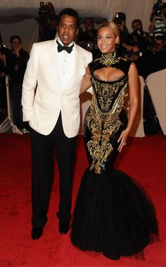 Beyonce And Jay-Z At Barclays: Singer Joins Husband For 'Crazy In Love' & 'Forever Young' (VIDEO)
