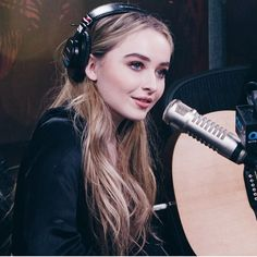 "287 curtidas, 2 comentários - sabrina ann lynn carpenter (@sabrinacarpenter__updates) no Instagram: ""She's such a beauty #sabrinacarpenter"""