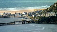 Lovely Barmouth near Farchynys Hall, Snowdonia Snowdonia National Park, Aberystwyth, North Coast, North Wales, Places Of Interest, Small Towns, Beautiful Landscapes, Countryside, Beautiful Places