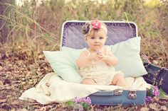 vintage toddler photo shoot - Google Search. How cutee, time to get bellas picturees done