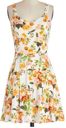 Spring floral dress http://rstyle.me/n/ffzfinyg6