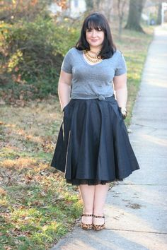 Wardrobe Oxygen: Thursday: Dressed to Party Full Skirt Outfit, Skirt Outfits, Dress Skirt, Cute Outfits, Rocker Chic Outfit, Knotted Shirt, Metallic Jacket, Old Navy Skirts, Fashion Essentials