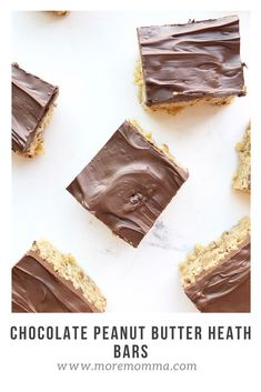 Nothing is better than the classic combination of chocolate with peanut butter, except maybe when you throw some heath bits into the mix! These chocolate peanut butter heath krispy bars are to die for! The best part is it's an easy dessert to make for a large crowd. Easy Desserts For Kids, Desserts To Make, Köstliche Desserts, Homemade Desserts, Delicious Desserts, Chocolate Desserts, Healthy Desserts, Best Christmas Desserts, Thanksgiving Desserts