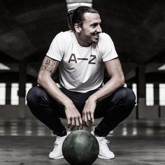 HELLO ZLATANICS…..HOPE U HAVE A GREAT Z DAY :) azsportswear New A-Z Tee Crew 4.3 is soon available at A-Z.com. Sign up to make sure you don't miss out on it. Link in bio. #itsnotaboutthegear #azsportswear