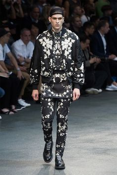 givenchy-ss15_fy52