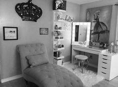 Black and white beauty room by Anna Lisa V featuring Vanity Girl Hollywood mirro wohnen Vanity Makeup Rooms, Vanity Room, Black Makeup Vanity, My New Room, My Room, White Vanity, Glam Room, Woman Cave, Home And Deco