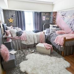 Faux Mongolian Pillow - Square - Nirvana - Ideas for my Room ✨❤ - Dorm Room Cute Bedroom Ideas, Cute Room Decor, Room Decor Bedroom, Glam Bedroom, Teen Bedroom, Diy Bedroom Projects, Square Bedroom Ideas, Diy Teen Room Decor, Cute Dorm Ideas