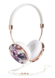 floral and gold headphones http://rstyle.me/n/mtqmnpdpe
