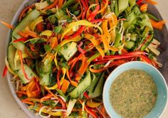 Asian Ribbon Salad with a spicy coconut dressing Vegetable Salad Recipes, Easy Salad Recipes, Easy Salads, Healthy Recipes, Healthy Treats, Easy Chinese Recipes, Asian Recipes, Sibas Table Recipes, Asian Food Channel