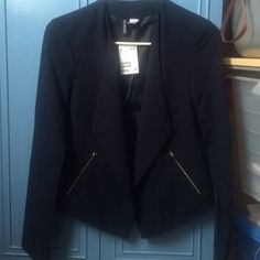 BNWT Navy Blue Blazer Jacket BNWT size 4 divided by h&m navy blue blazer jacket with zipper pocket details. Perfect for work/office/whenever. Make an offer! :) H&M Jackets & Coats Blazers