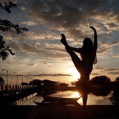 Pensamento é um momento que nos leva a emoção. Pensamento positivo que faz bem ao coração :)