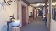 Gang zu den Suiten - Wedelhütte Hotel & Chalet