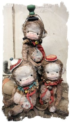 Vintage & Whimsical Original Copyright Collectible Soft Sculpture Art by Artist/Designer Wendy Meagher Antique Toys, Vintage Toys, Teddy Toys, Fabric Animals, Bear Doll, Cute Toys, Soft Sculpture, Old Toys, Fabric Art