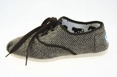 Toms Brown Harper Women's Cordones in Toms Shoes Outlet Store Cheap Toms Shoes, Toms Shoes Outlet, Hand Painted Toms, Glitter Toms, White Toms, Shoes Online, Boat Shoes, Uggs, Sneakers Nike